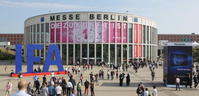 't Wereldje (101) met nerd-jas, klussen en de IFA in Berlijn!