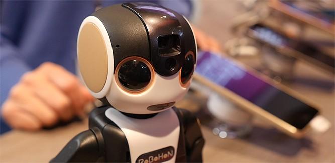 De RoBoHoN gelanceerd in Japan: raar robotje met potentie