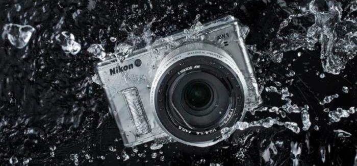 Met de Nikon 1 AW1 mag je op je bek gaan