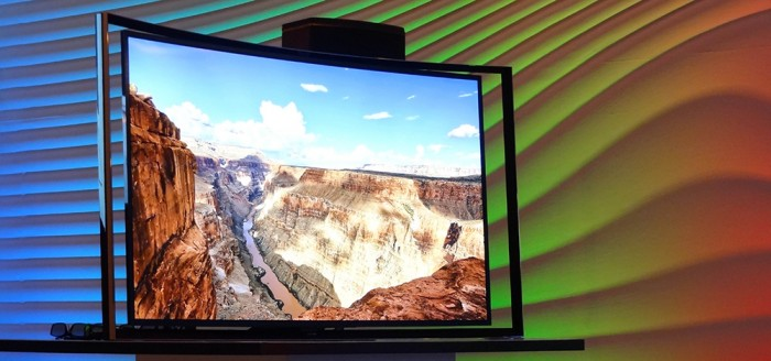 PREVIEW: Samsung Curved OLED tv