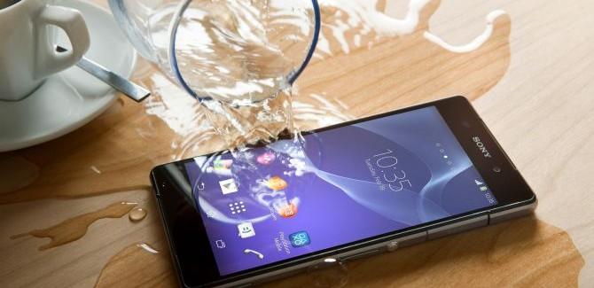 Sony: problemen met Z2, E1 nu in de winkels