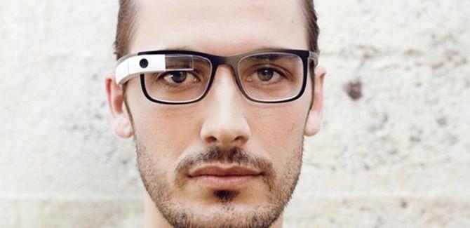 De wandelgangen met Google Glass en ronde Samsung smartwatch