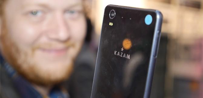Waar blijft de KAZAM smartphone?